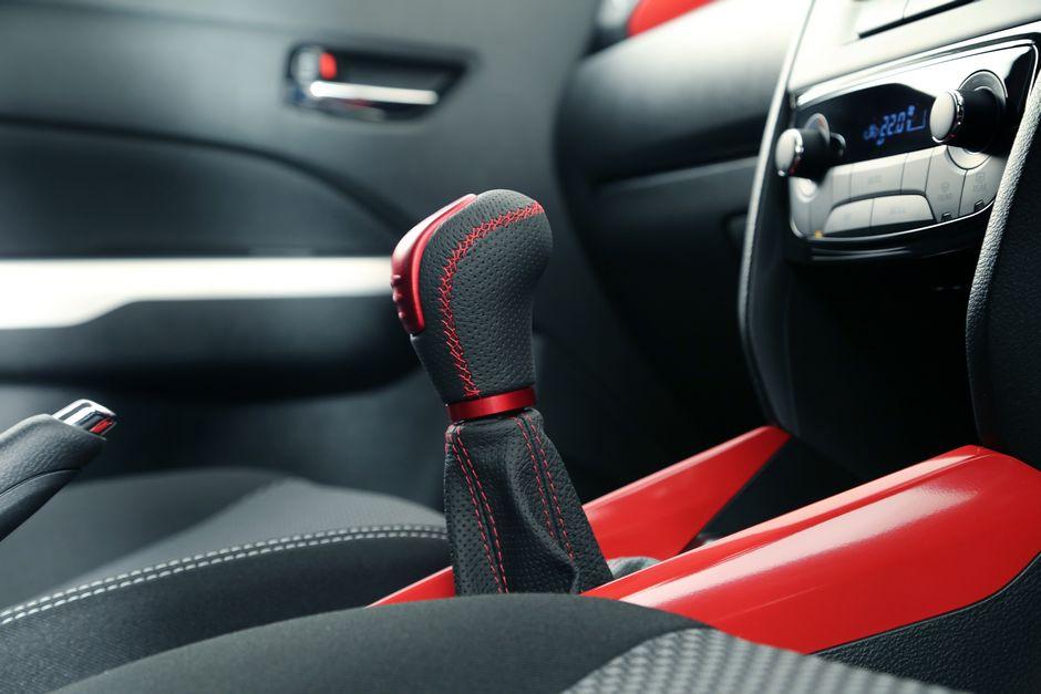 gear clutch mobility club